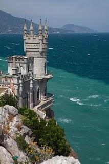 Swallows_Nest-Crimea-Ucrania1