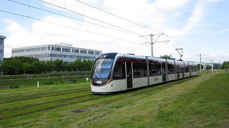 Edinburgh got tram-connection from Airport to York Place