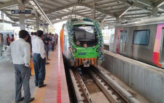 Mumbai in India gets Metro! Metro opens today