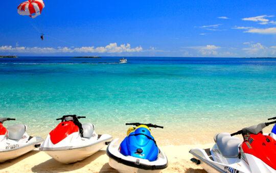 The best beaches of the Caribbean: Pink Sand Beach, Bahamas