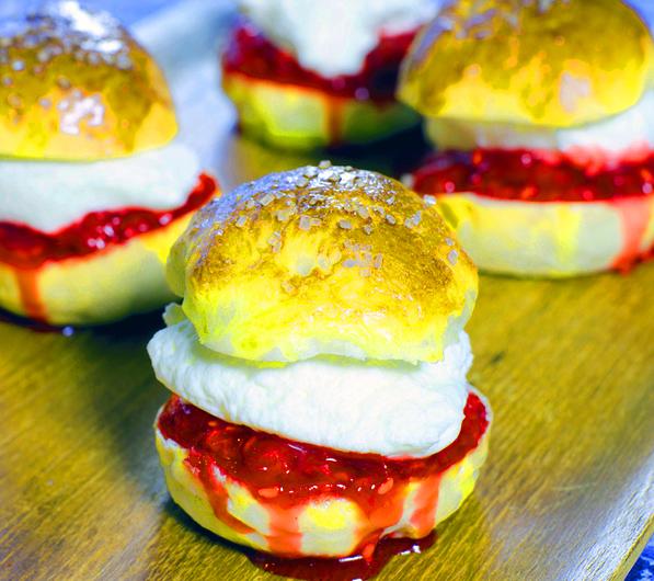 Shrovetide traditions shrovetide buns