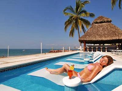 Puerto Vallarta offers beautiful beaches of Mexico.