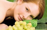 Moisturizing mask of red grape for a Perfect Summer Skin