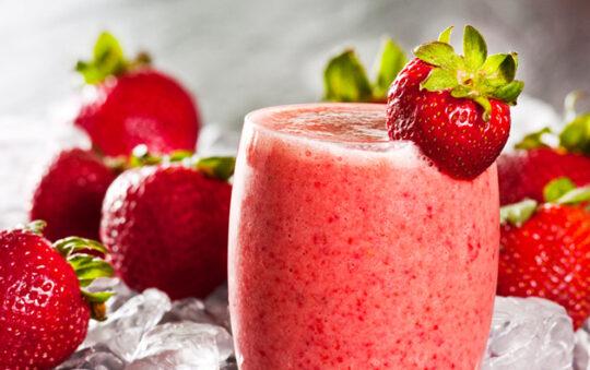 Refreshing  strawberry smoothie recipe