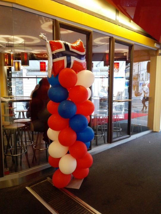 Today is Norway's patriot day, the great official flag day!