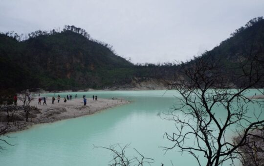 Check out the toxic lake Kawah Putih in Indonesia