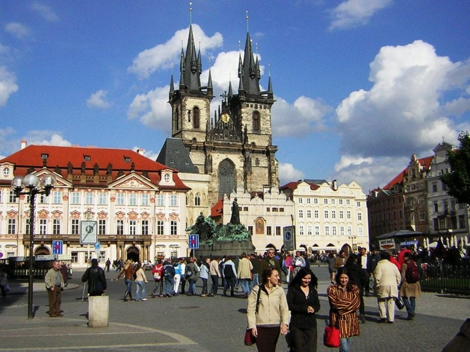 Praha_Old_Town_sq_from_St_Nicholas