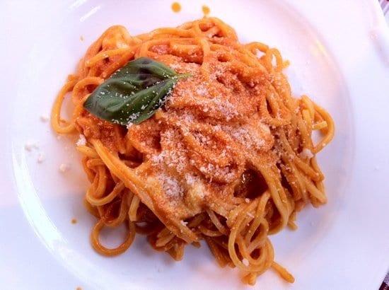spaghetti-with-mozzarella