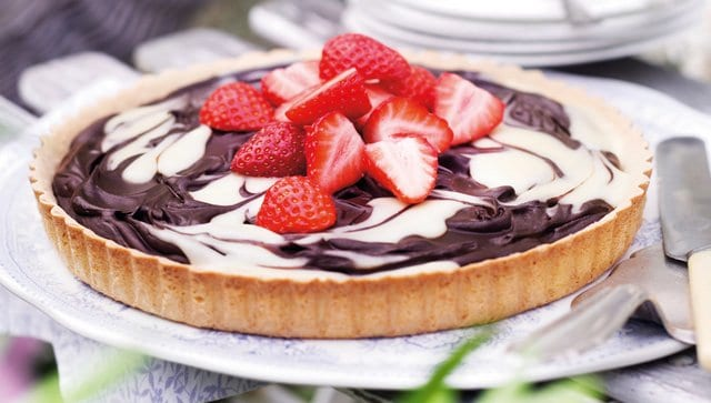 Strawberry Tart with Chocolate Recipe