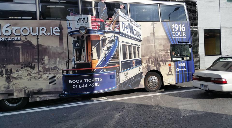 photosource: Jan Flønes / Old tram decorations on Dublin busses
