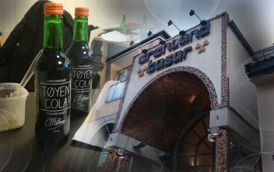 Tøyen Cola is a local Soda in Oslo, Norway that You need to Try