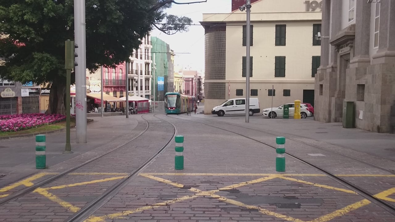 Prinsens gate opened for trams running in both directions in Oslo, Norway 1