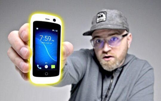 The Smallest 4G Android Phone is Here