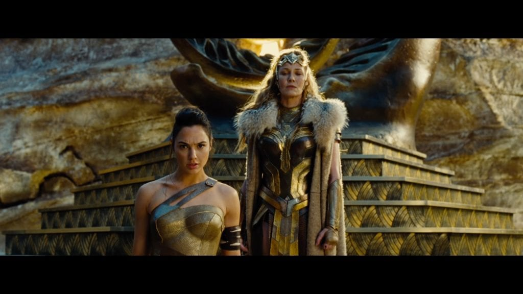 Wonder Woman review by Distrita