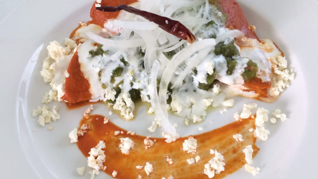 Red Enchiladas with Fresh Cheese Recipe