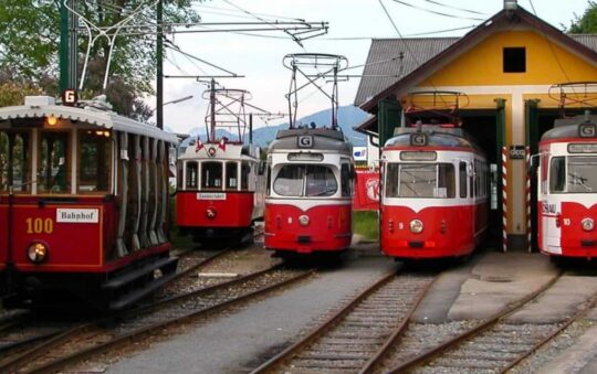 Gmunden in Austria Expands its' Shortest tram line in the World