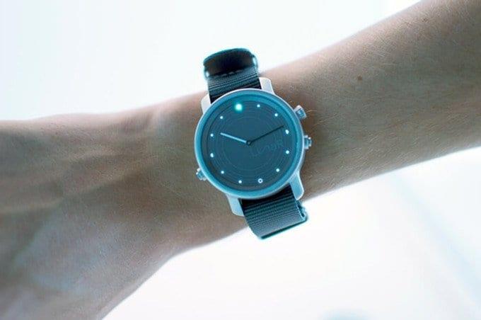 LunaR Smartwatch