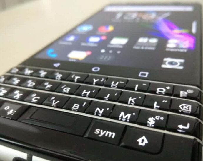 Buy Android Smartphone with Qwerty Keyboard, Blackberry with qwerty keyboard