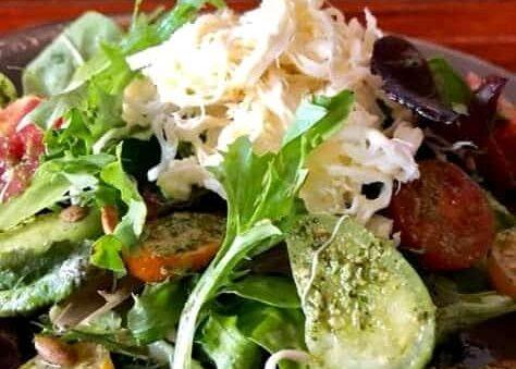Mexican salad with yogurt, cilantro and lemon dressing