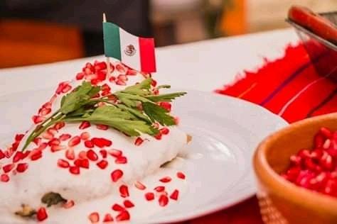 Chiles En Nogada is Delicious