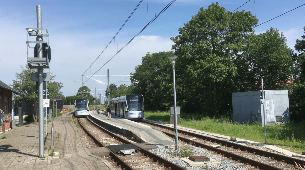 Always use a Light Rail system if you can! 1