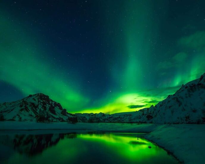 is during winter and the experience is surreal. Are you keen to add aurora spotting in your bucket list? Here are some of the best places you can see the Northern lights.
