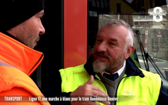 The Geneve tram crosses the border to France