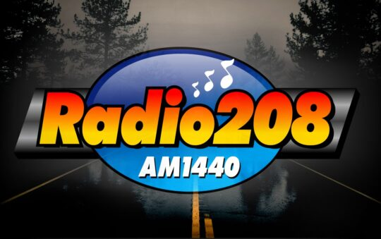 How can you listen to Radio208?