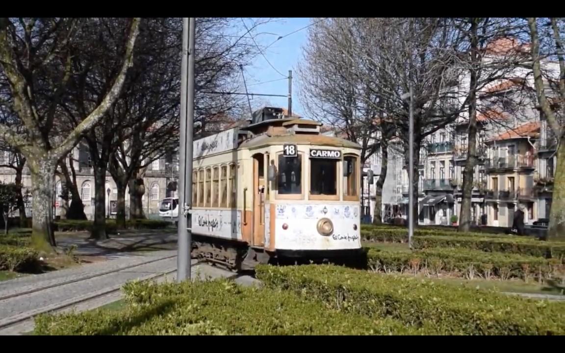 Meet the Heritage Tram in Porto 1