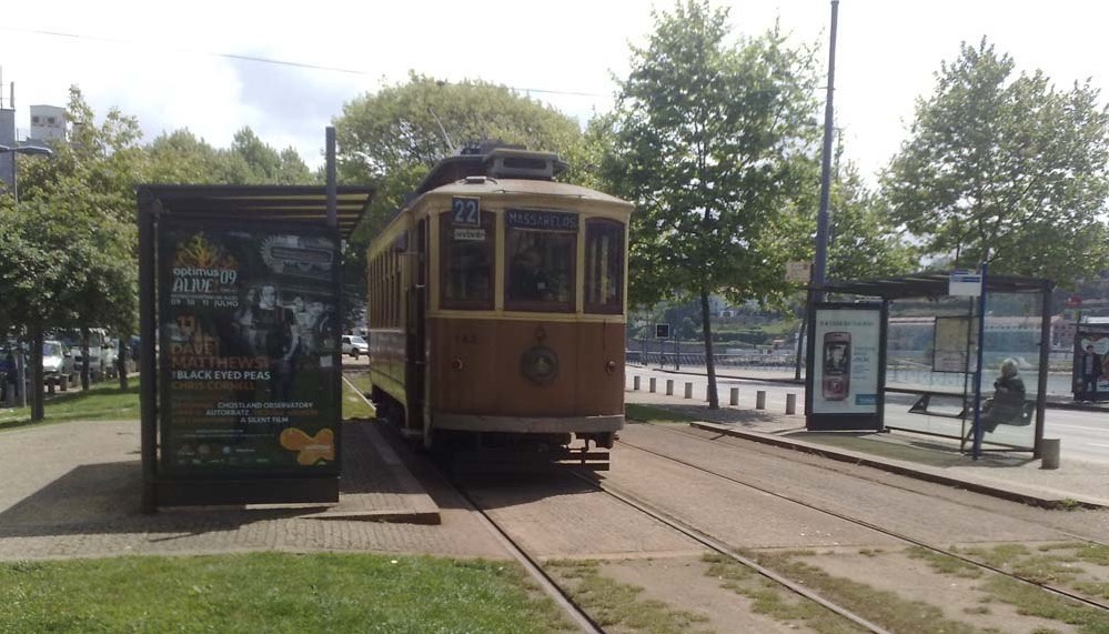 Check out the New and Old Trams in Porto 10