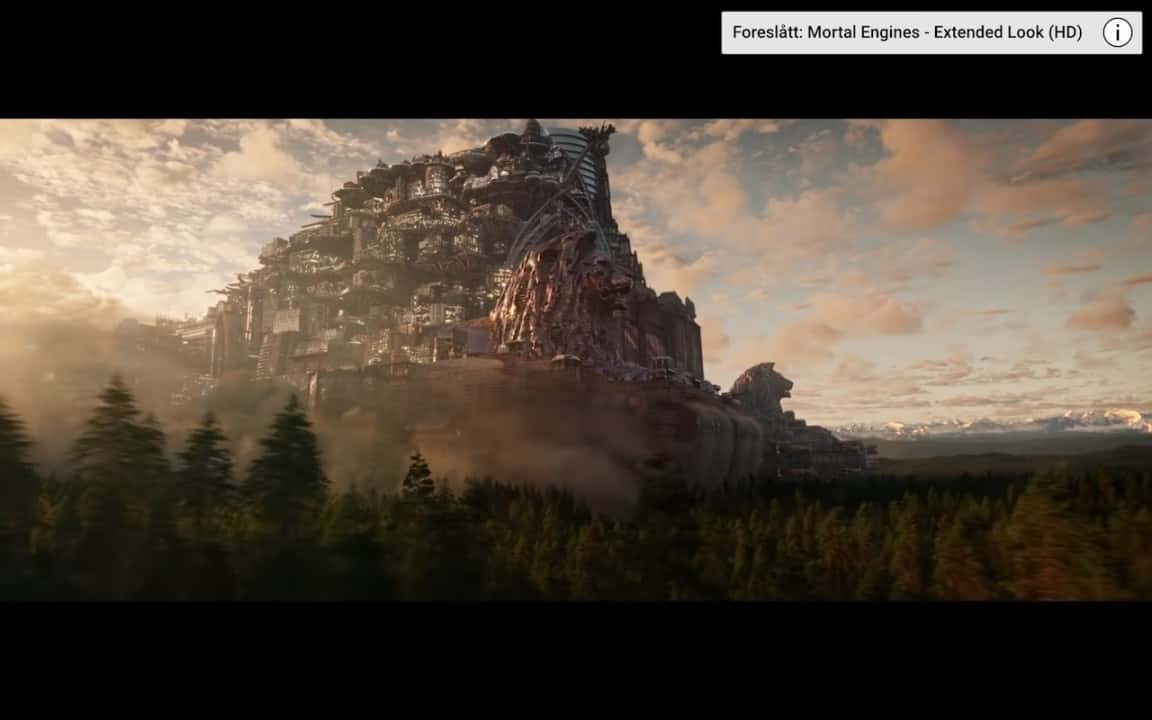 Mortal Engines is a fantastic Sci-Fi showing a London city that moves 3