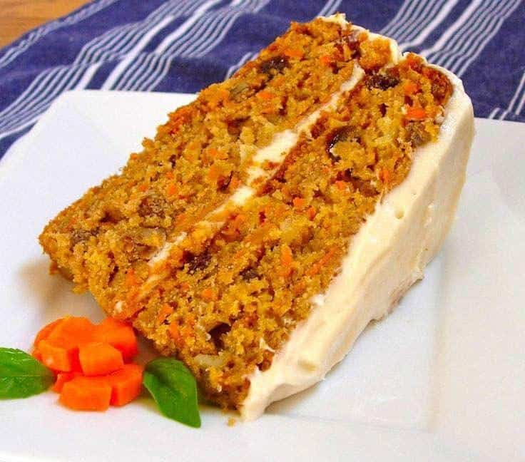 Homemade Gourmet Carrot Cake with hazelnuts and almond recipe