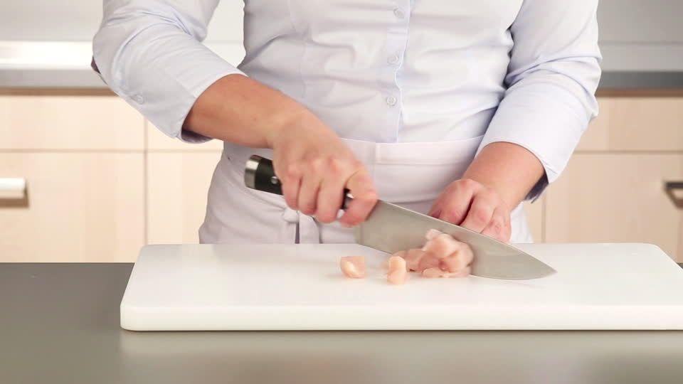 prepare nutritious chicken meal