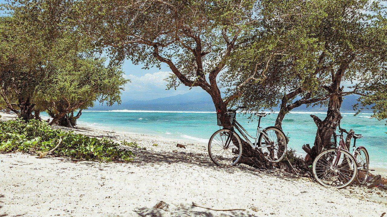 The beach of paradise Karimun Jawa in Indonesia 2